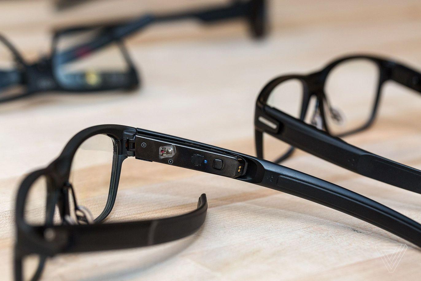 vaunt smart glasses by Intel